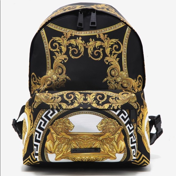Versace 💯 authentic baroque backpack unisex. M 5a95732b1dffda2692216454 b363d4401b